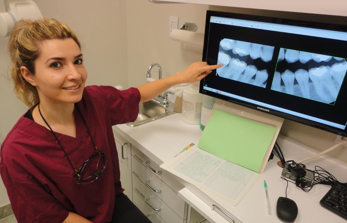 dental hygienist teeth Xrays service cleaning gums
